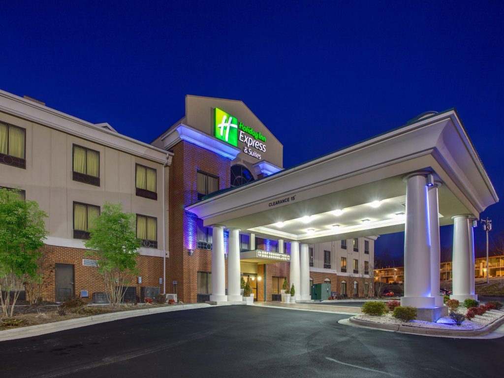does holiday inn give senior discount