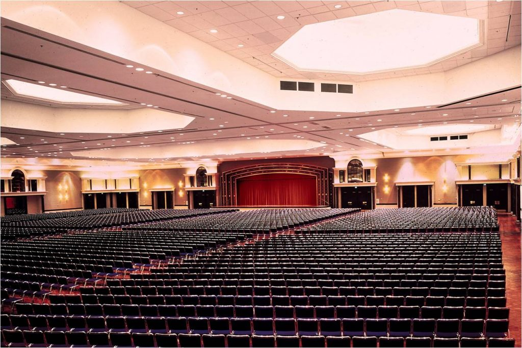 Sheraton Greensboro Hotel At Four Seasons Koury Convention