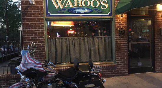 Wahoo's Tavern